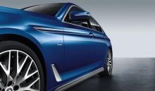 Акцентная плёнка на боковые пороги BMW G30 5-серия
