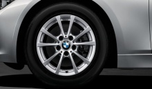 Комплект зимних колес V-Spoke 390 для BMW F30/F32