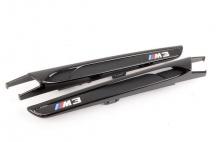 Черные глянцевые вставки в передние крылья BMW M3 F80
