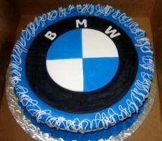 С днем рождения, BMW!