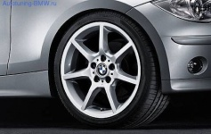 Комплект оригинальных дисков BMW Star-Spoke 180