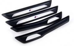 Дооснащение BMW F30 накладками порогов в М-стиле