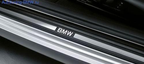 Накладки на пороги дверей BMW E88 1-серия