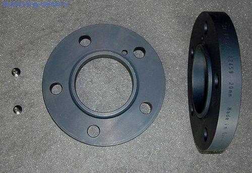 Проставки колесных дисков HAMANN EVO 2000