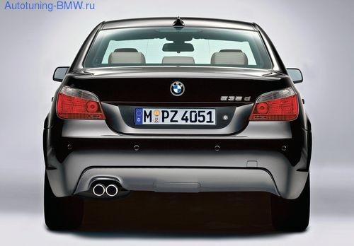 Оригинальный задний бампер в М стиле для BMW E60 5-серия